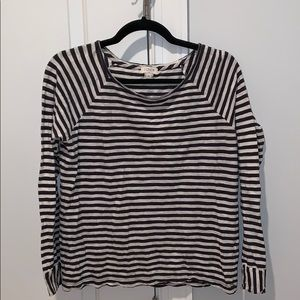 Long sleeve blue and white stripped t-shirt